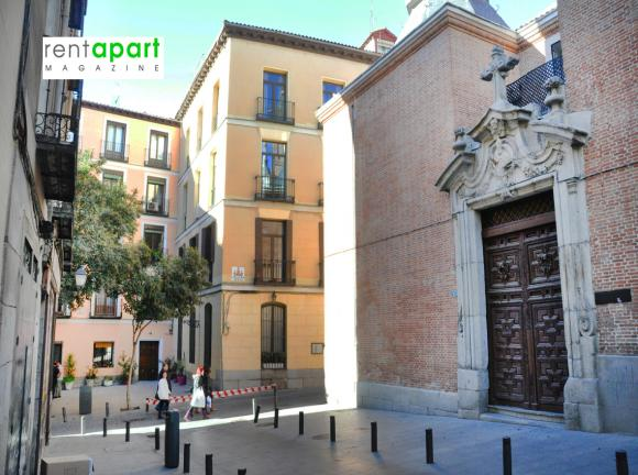 apartamentos-con-encanto-centro-madrid-iglesia.jpg